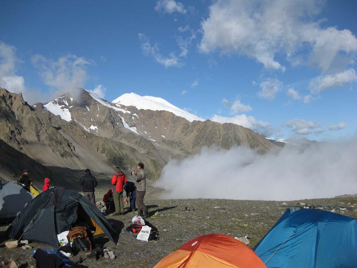 Вид на Эльбрус с перевала Кыртык - Ауш (3200м)