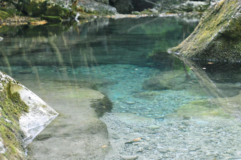 Голубое озеро в Большом каньоне