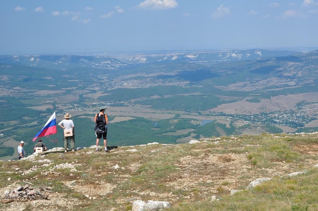 Северо - Запад горы Бойка. Вид на Севастополь.