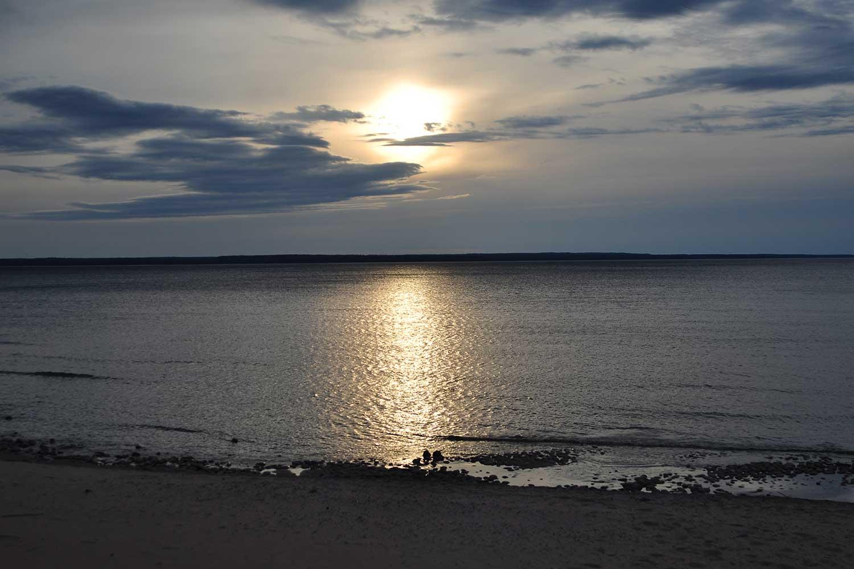 Закат на острове Коневец