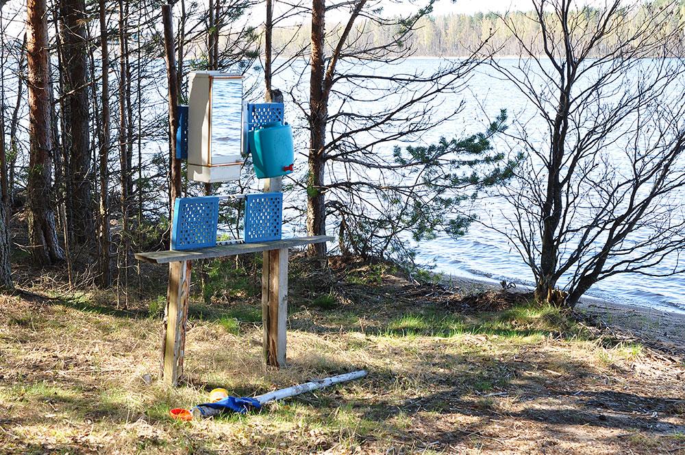 Оборудованные стоянки а берегу озера Суходольское