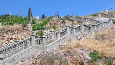 Балаклава. Лестница к крепости Чембало