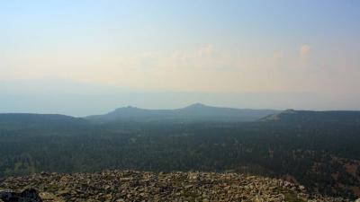 Вид на южный склон горы Поперечная