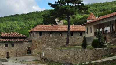 общий вид монастыря Сурб-Хач
