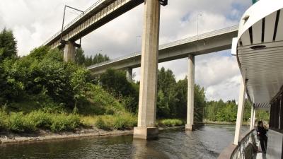 изящные мосты в небе