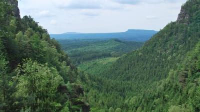 Один из каньонов Эльбских гор