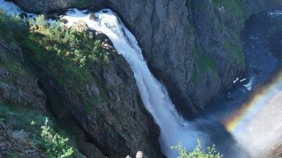Водопад Вёрингсфоссен