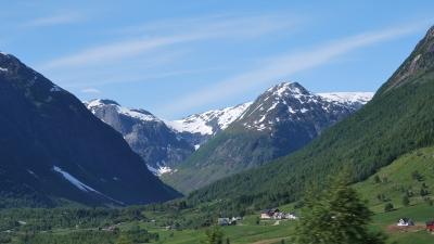 Вершины ледника Йостедальсбреен