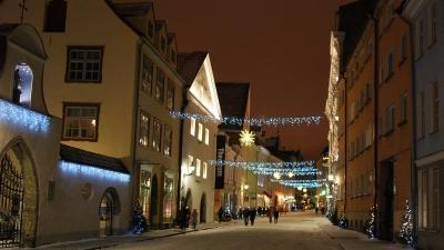 Рождественское убранство улиц