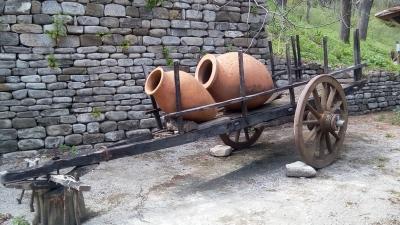 Повозка с квеври