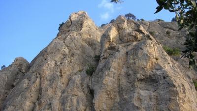 Скалы как стены