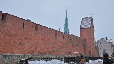 Крепостная стена в северной части города