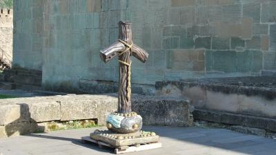 Крест святой Нино