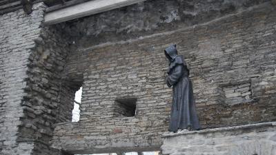 Черные монахи в Саду Датского короля