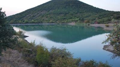 Вид на озеро Хун и гору Пакся