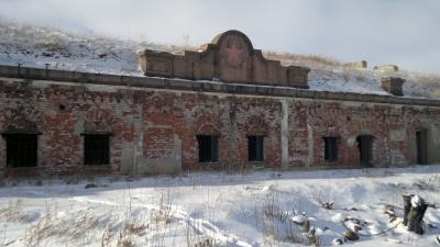 Фасад казармы