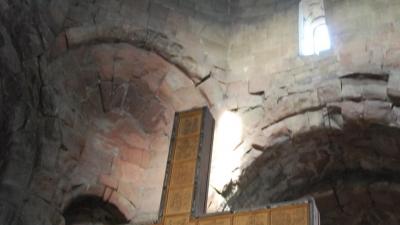 Крест внутри церкви