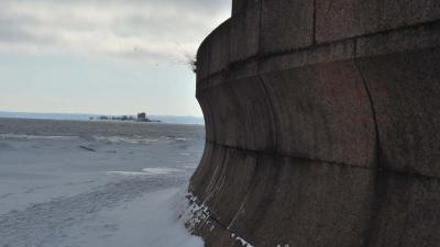 Вид с форта на форт Павел